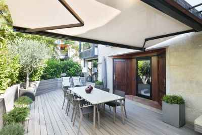 Amazing townhouse with swimming pool and wonderful views in Barcelona